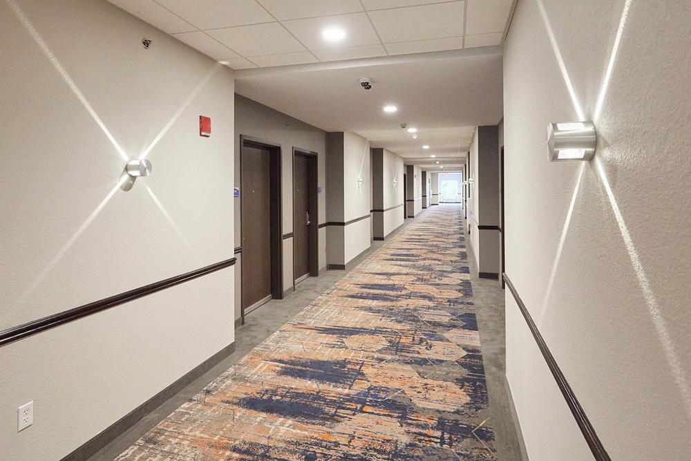 Gundersen Hotel and Suites - Hallway.