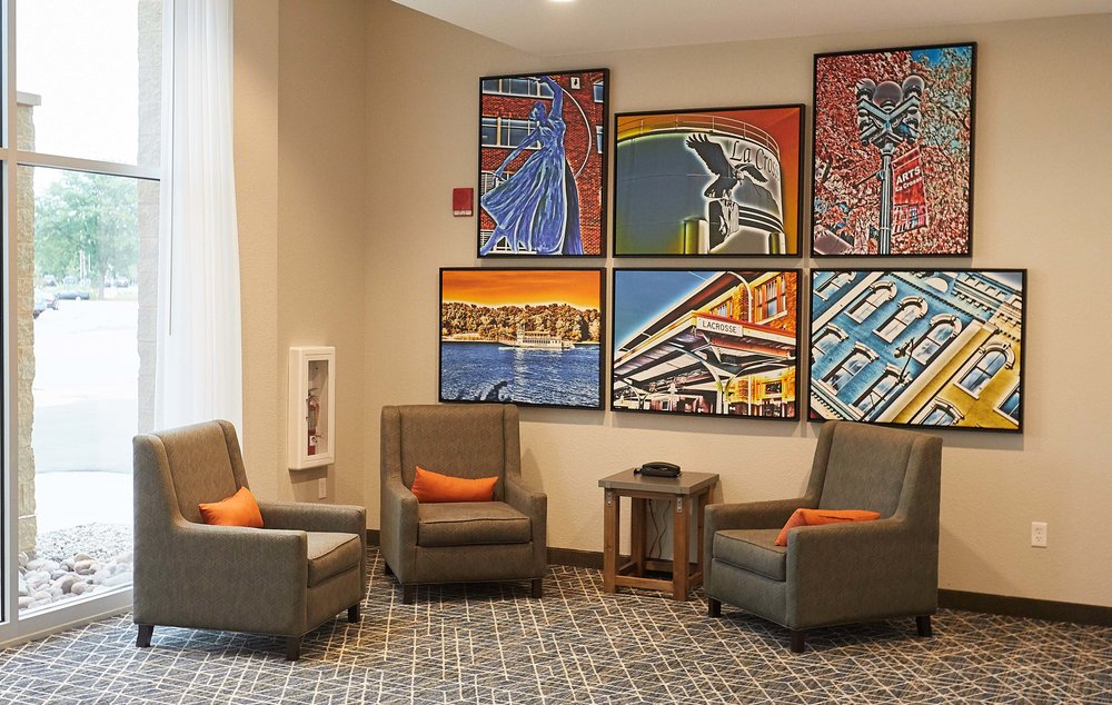 A fresh view of La Crosse, WI is depicted in our art throughout the hotel, featuring the sites and scenes of our area